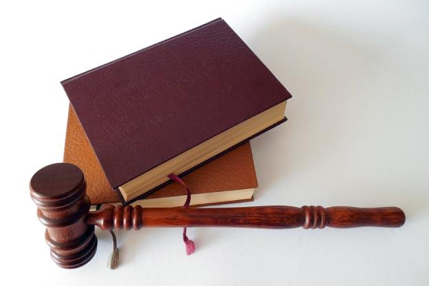 Зная законы можно заработать на увольнении